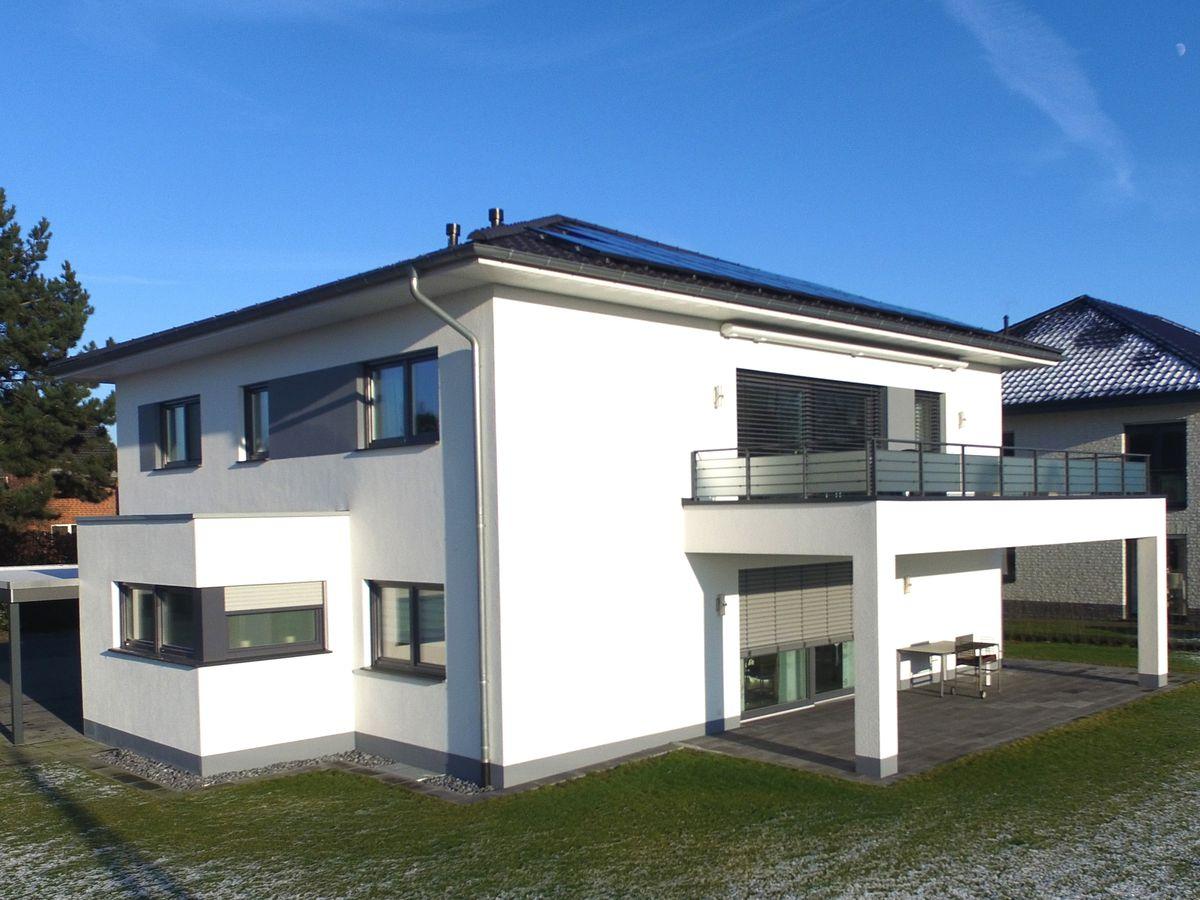 Vorderbr ggen bau gmbh for Zweifamilienhaus bungalow